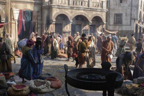 O centro de Roma na época de Julio César e Augusto conforme representação da série televisiva Roma.
