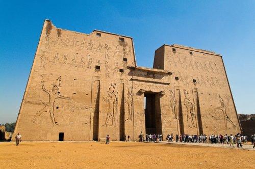 O Templo de Edfu no Egito.