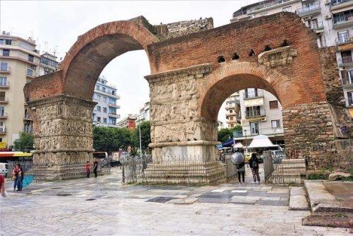 Arco de Galério. Construído em 298 d.C. - 12,5 metros de altura