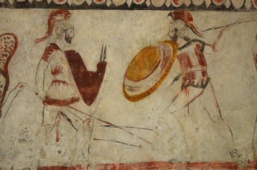 Pinturas de túmulo em Paestum, na Campânia. Todas as fotos via Wikimedia Commons.